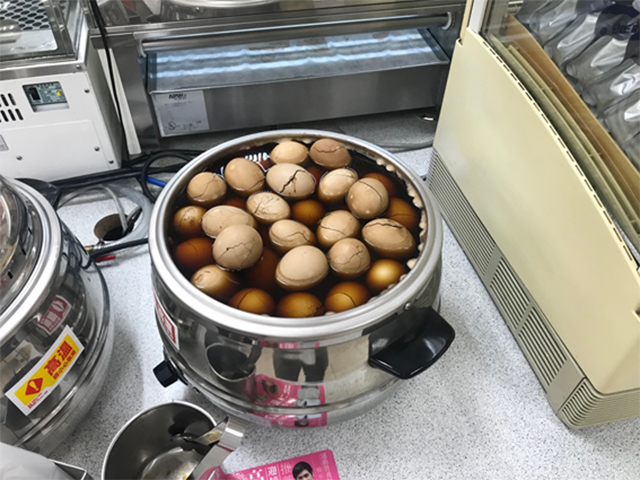 台湾のコンビニで売っている煮玉子