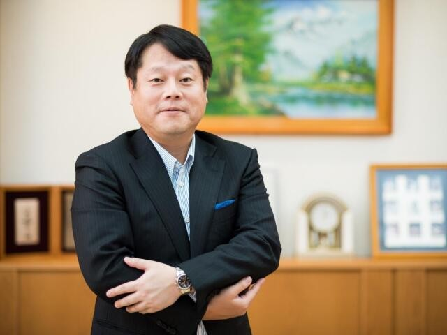 幸楽苑ホールディングス 代表取締役社長の新井田昇さん(撮影・齋藤大輔)