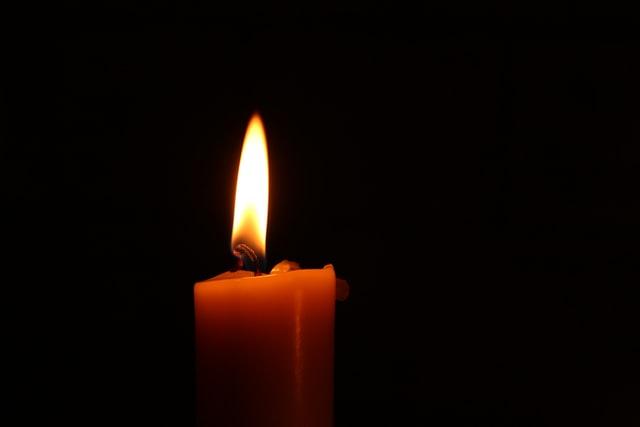 ロウソクに灯る炎