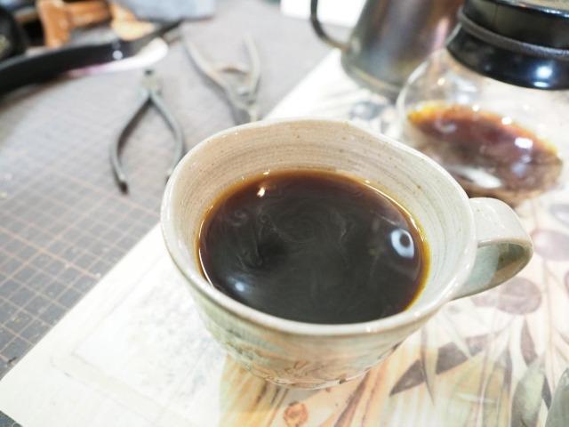 靴修理の工房で味わえる絶品のコーヒー