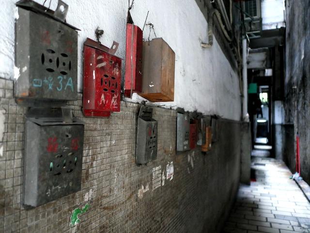 香港の住宅に設置された郵便受け